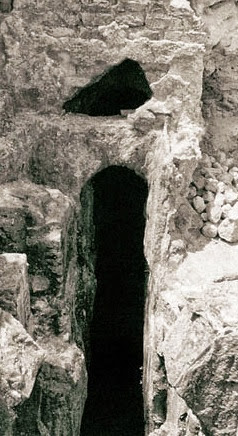 Tunnels At Baiae