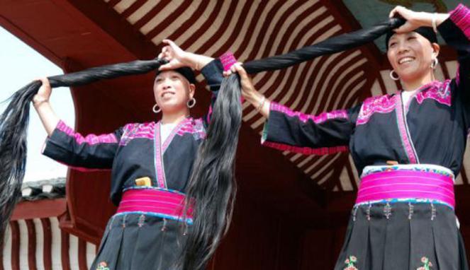 http://1.bp.blogspot.com/-aJx66bvtuEI/Uf6k35Z6oiI/AAAAAAAAAcE/0m0ajqsqYJY/s1600/suku+Yao+di+desa+Huangluo+3.jpg