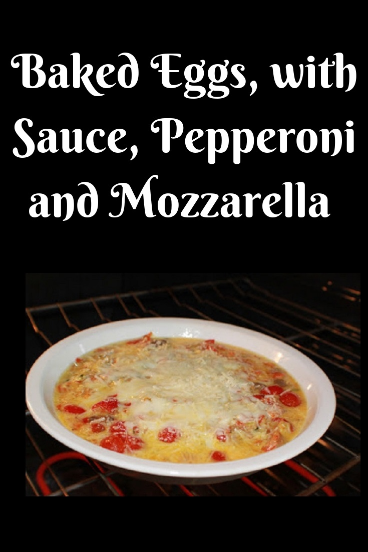 this is how to make an baked egg casserole with pepperoni, tomato sauce, pepperoni and cheese all in a pie plate that is inexpensive and fast to make.