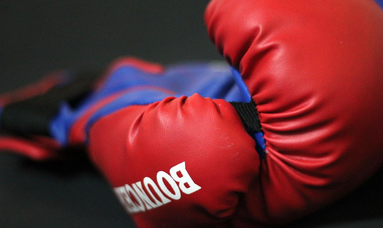 Uniki w mediach są dla marnych bokserów