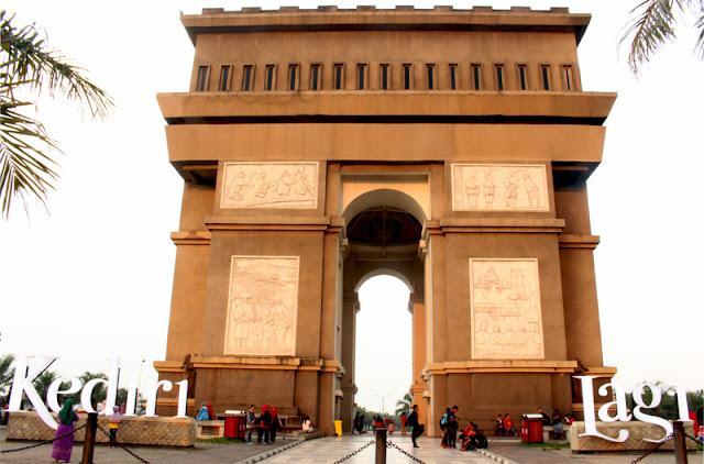 Arc De Triomphe Paris Jatuh Simpang Lima Gumul Kediri