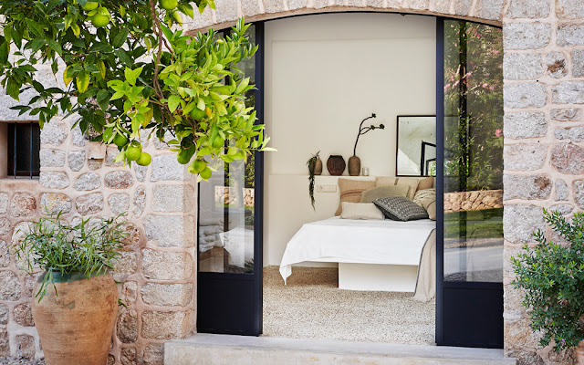 The perfect sunny escape in a luxury Spanish villa