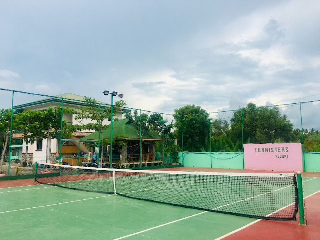 Tennisters' Beach Resort Tuburan