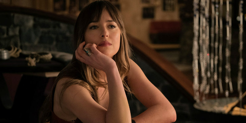 dakota johnson bad times at the el royale