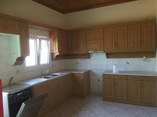 Ενοικιάζεται ανακαινισμένη μονοκατοικία με 2 υπνοδωμάτια στην Μυτιλήνη. Τιμή 330€