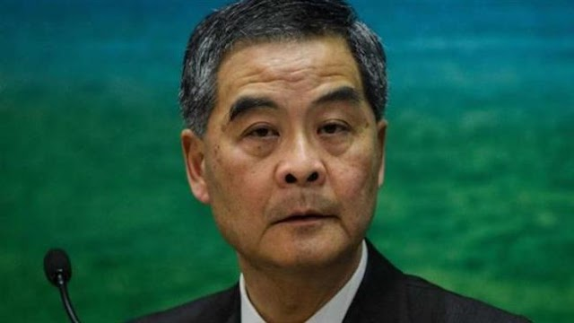 Hong Kong Chief Executive Leung Chun-ying will implement China ruling on rebel lawmakers