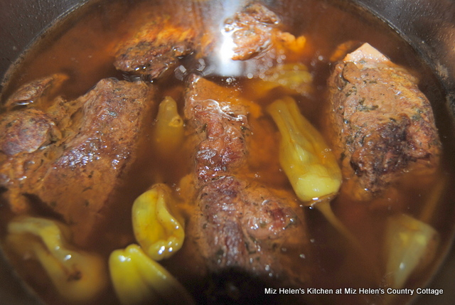 Instant Pot Mississippi Pot Roast at Miz Helen's Country Cottage