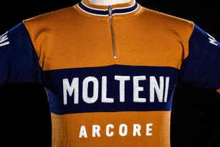 Maglia da ciclismo vintage della Fondazione Ambrogio Molteni