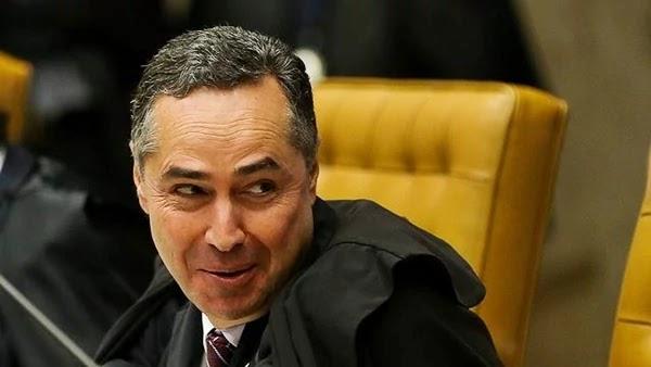 O ministro Luís Roberto Barroso, do Supremo Tribunal Federal (STF), concedeu liminar nesta segunda-feira para suspender trecho da Medida Provisória 886 que transferia da Fundação Nacional do Índio (Funai)