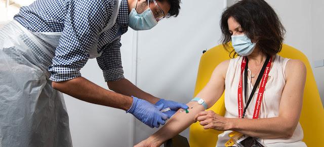 Ensayo para elaborar una vacuna contra el coronavirus en el Instituto Jenner de la Universidad de Oxford, en el Reino Unido.Universidad deOxford/John Cairns