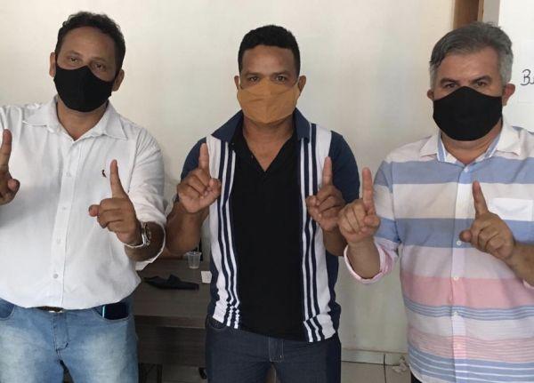 ACORIZAL: Maldo surge como candidato a prefeito e Adão como Vice