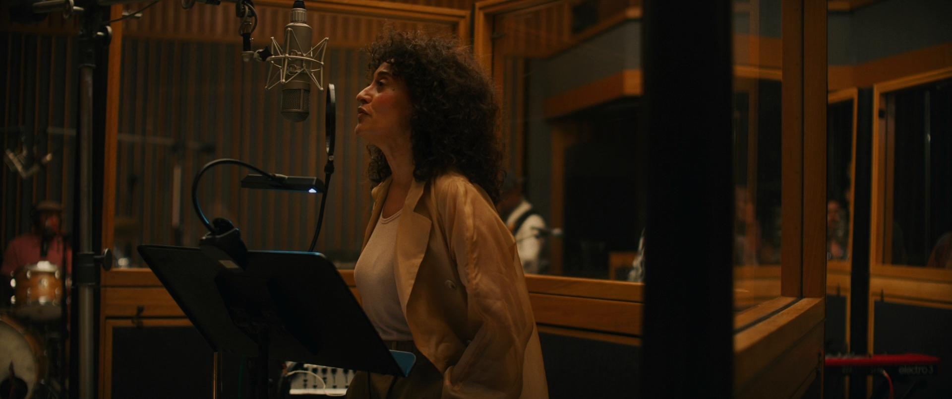 Música Glamour y Fama (2020) 1080p BDRip Latino