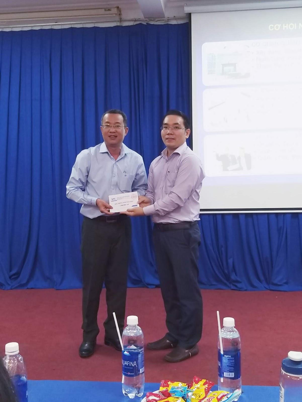 CLB Dự Toán tham gia ngày hội Tân Sinh Viên ngành KTXD tại ĐH.GTVT TPHCM năm 2019