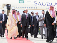 Kenapa Raja Salman Membawa Segala Fasilitasnya Sendiri, Termasuk Tangga Pesawat? Ternyata Ada Haditsnya