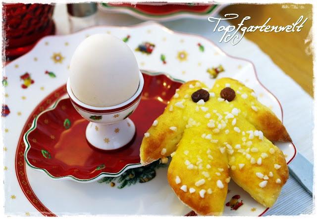 Gartenblog Topfgartenwelt Frühstückstisch: Villeroy-Boch Weihnachtsgeschirr mit Semmelkrampus zum Genießen