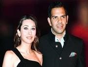 karisma kapoor with her husband