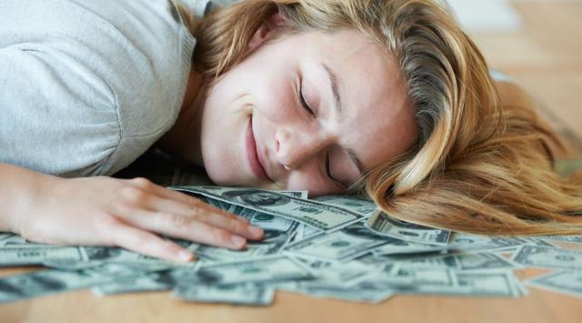 Sambil Tidur Uang Bisa Datang Sendiri, Ini Caranya