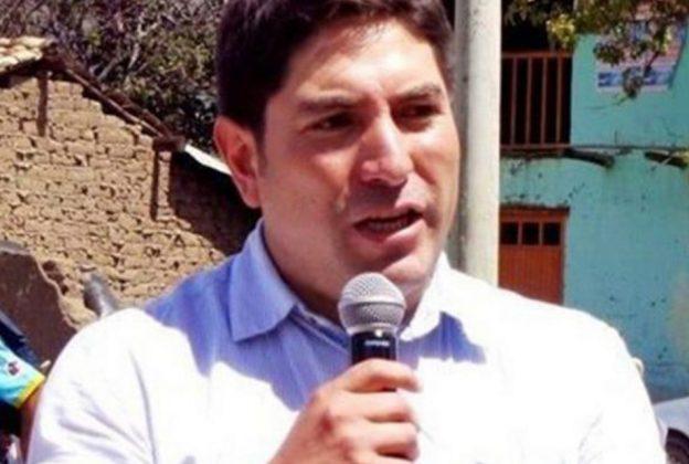 Alcalde José Morales reprende a ingeniero de Minera Pan American Silver
