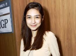 Cara Unik Mikha Tambayong Belajar Bahasa Inggris. The Zhemwel