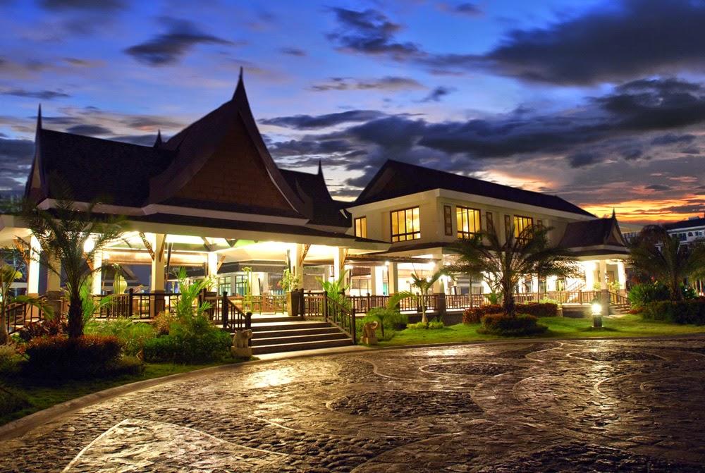 Royal Palm Residences Entry Pavilion