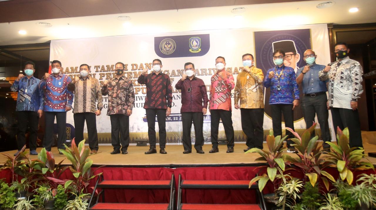 Menparekraf RI Menghadiri Acara Ramah Tamah dan Diskusi Perkembangan Pariwisata dan Ekonomi Kreatif di Batam