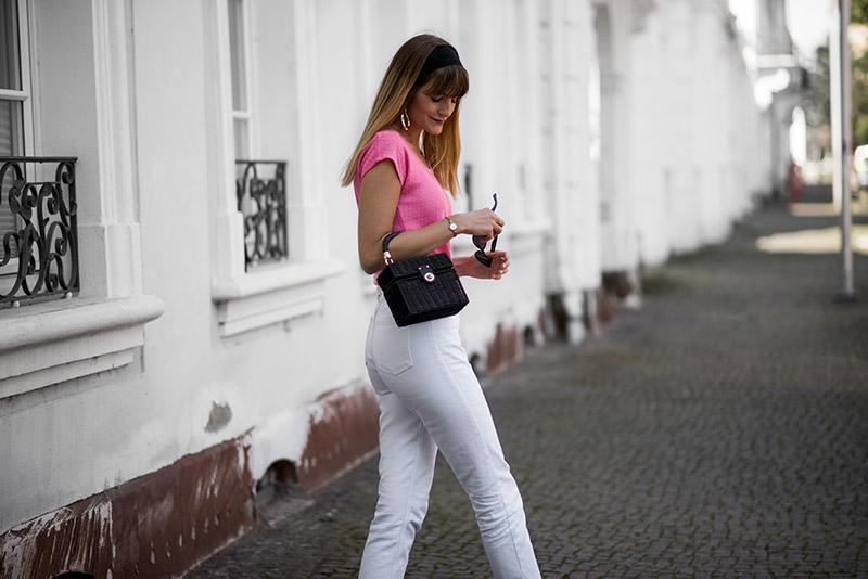fashionardenter-parisienne-look-fashion-inspiration-fashion-icon-chain-belt-gold-vintage-romantique-french-blogger-mules-plates-sachashoes-spring-outfit-idea-2018-look-été-2108