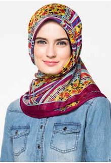 Aneka Jilbab Zoya Terbaru Segi Empat