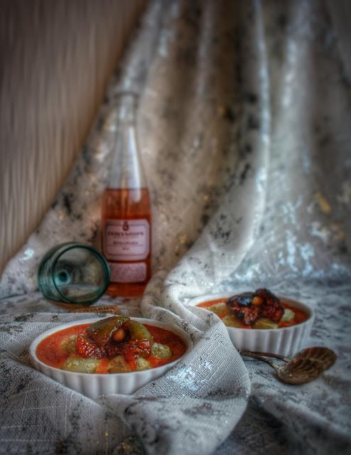 flognarde di uva allo zafferano con fichi caramellati al vino per il Grada in Padella