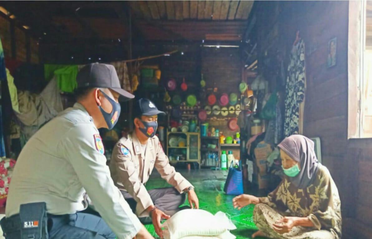 Polsek Kahayan Kuala Sambangi Warga Lansia di Kelurahan Bahaur Basantan