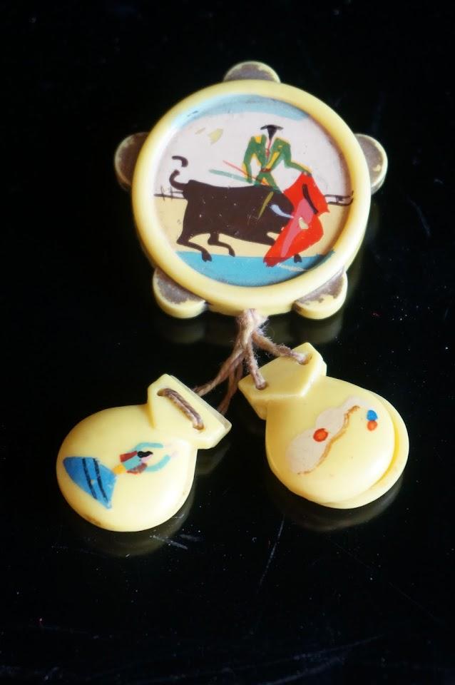 spanish brooch castanets tambourine 1950s 50s mid century