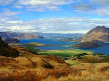 Wanaka Zealand Tourists Easily And