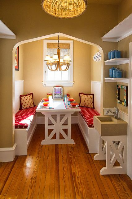 Cozy Kitchen Nook That Will Make Your Home Look Cool