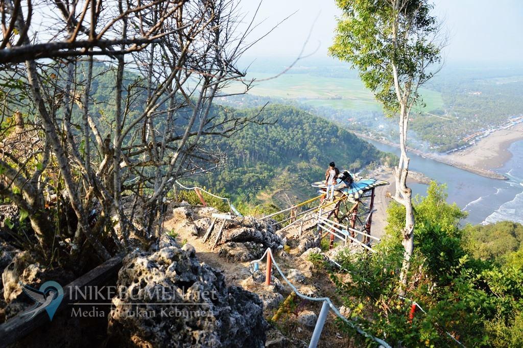 Bukit Hud Karangbolong Destinasi Wisata yang Wajib Dikunjungi Saat Libur Lebaran di Kebumen
