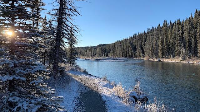 Bow River Trail Lake Louise Village Banff Nation al Park Alberta Canada