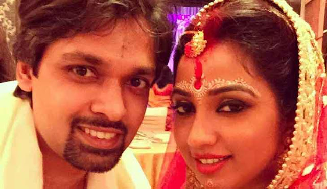 Shreya Ghoshal Marriage Photo