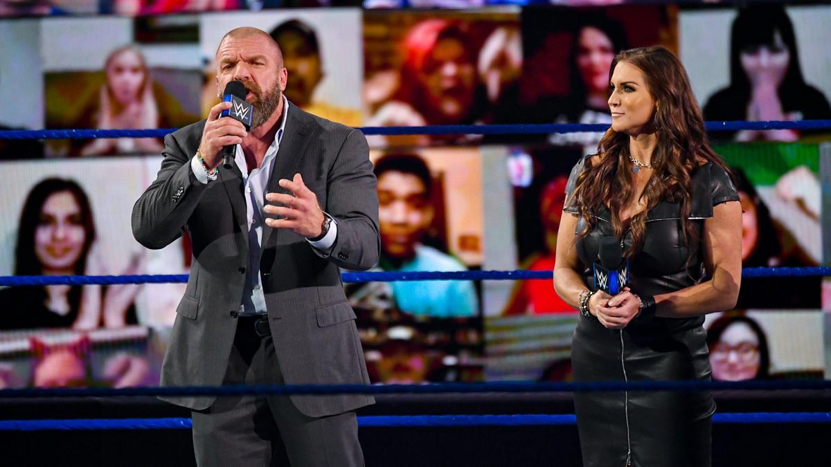 """Triple H """"salvou"""" o roteiro do último WWE SmackDown"""