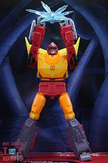 Transformers Studio Series 86 Hot Rod 02