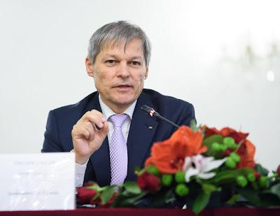Dacian Cioloș, Cioloș-kormány, Románia