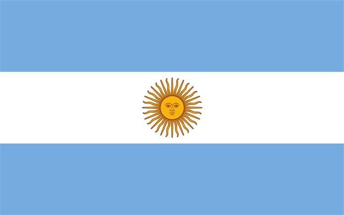 Bayrağında sarı renk beyaz mavi olan ülkeler Arjantin bayrağı