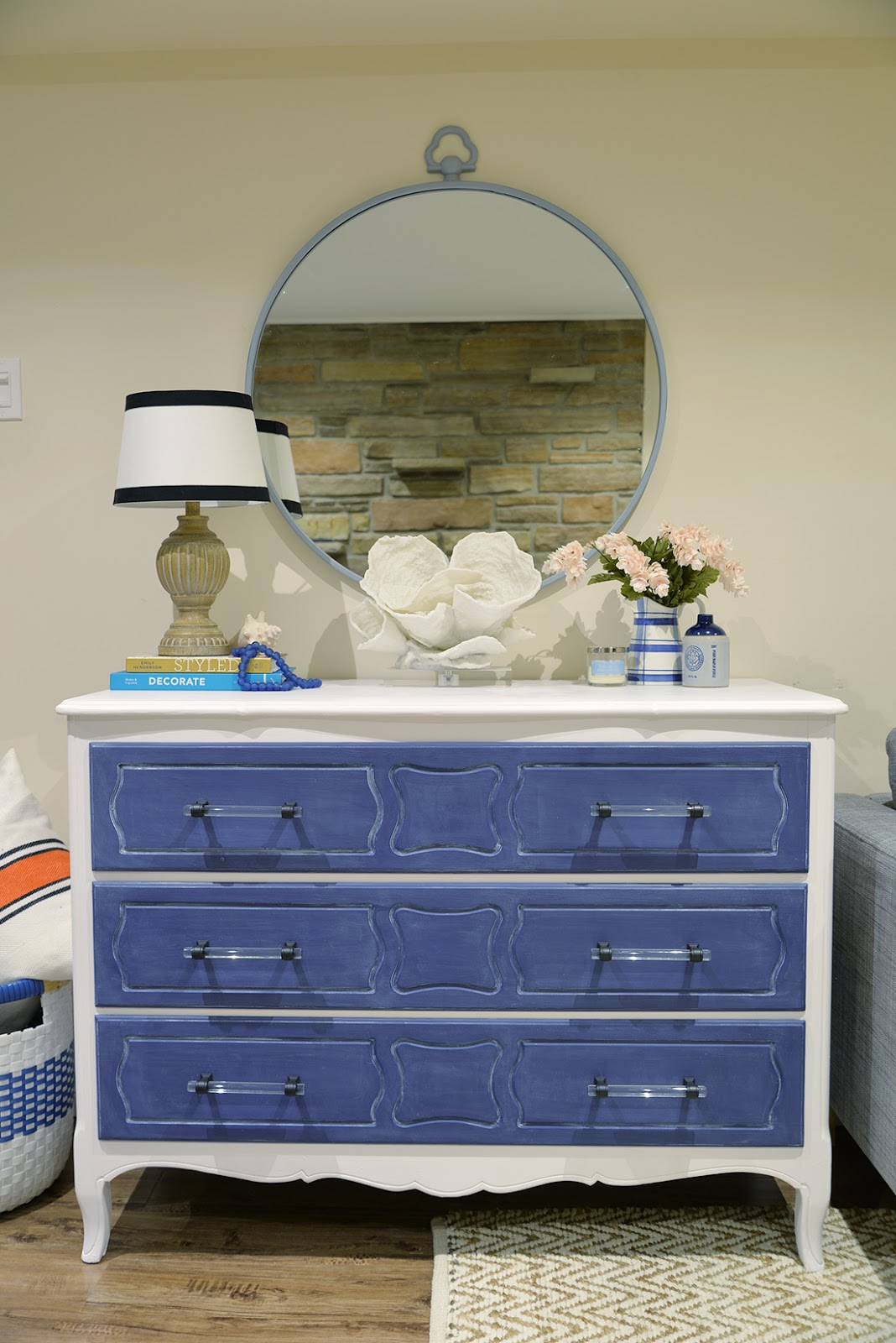 how to paint furniture with chalk paint, behr chalk paint, chalk paint aerosol, chalk paint wax