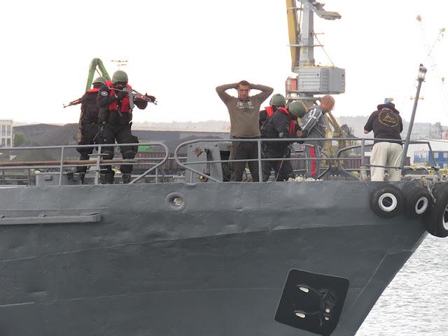 Стреляха по трафиканти на Пристанището в Бургас