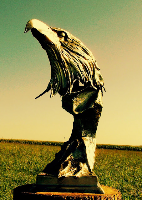 Metaalsculptuur, kunstsmeedwerk, metal art, aquila