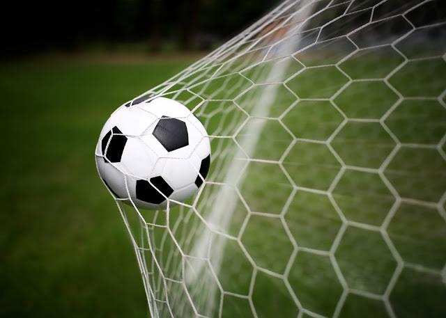 Φιλικός ποδοσφαιρικός αγώνας βετεράνων ποδοσφαιριστών της Πελοποννήσου και Τούρκων