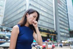 Jika batuk pada anak-anak bisa menjadi suatu mekanisme untuk pertahanan tubuh terhadap benda asing yang akan mengganggu sistem pernafasan, seperti debu ataupun kotoran yang masuk kedalam sistem pernafasan maka otomatis bisa membuatnya batuk.