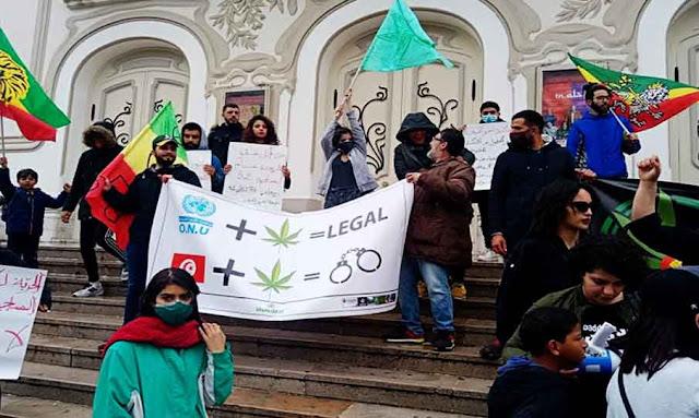 Tunisie: manifestation pour la légalisation du cannabis