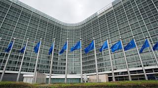 «Βόμβα» της Κομισιόν: Δεν έχουμε εγκρίνει την κατάργηση της μείωσης αφορολόγητου