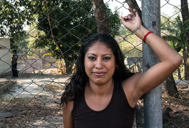 Pictures El salvador women