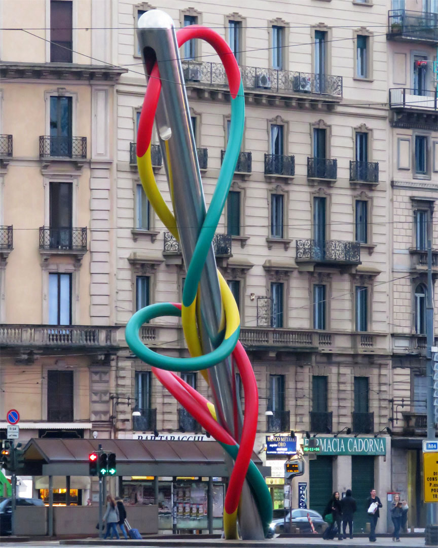 Needle, Thread and Knot by Claes Oldenburg and Coosje van Bruggen, Piazzale Cadorna, Milan