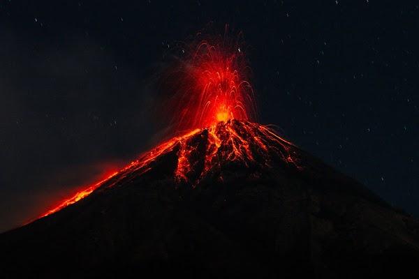 Los Volcanes Se Están Activando En Todo El Planeta . ¿ Que Está Pasando?