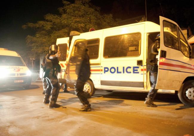 """Mayotte : """"l'arrêt de l'éloignement"""" des clandestins directement lié à """"la flambée de violence"""""""